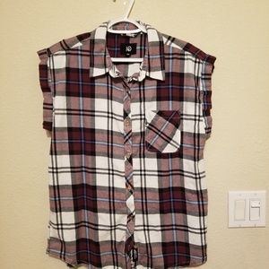 tentree Plaid Sleeveless Button-Up Shirt